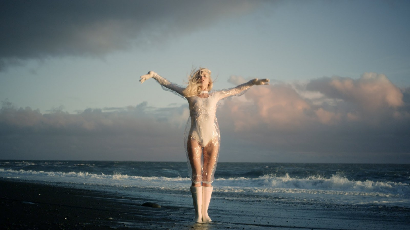 #8 by Cartoon Dandy: iamamiwhoami – Blue