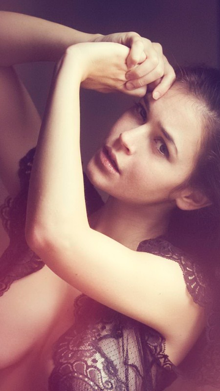 #TBT: Beladonna Fris. Όχι η συνηθισμένη γαλλική ομορφιά